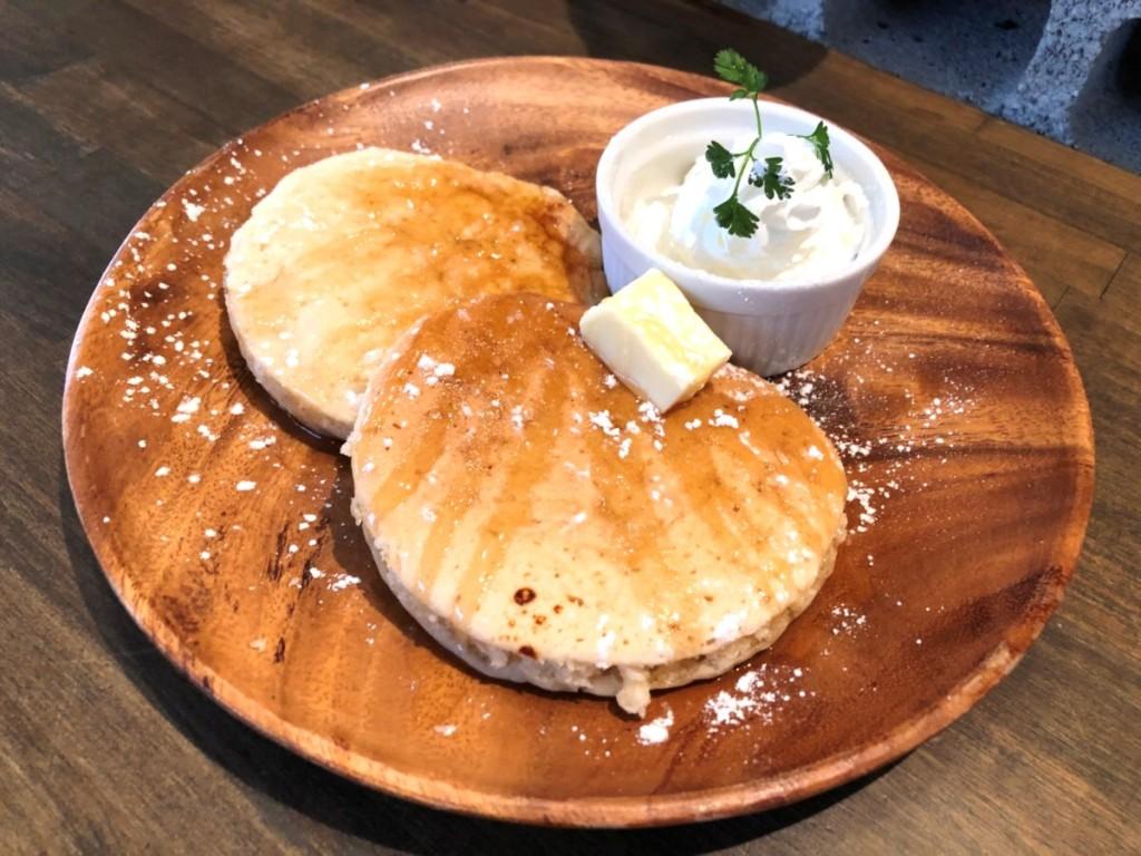 バター薫るハチミツのオーガニックパンケーキ