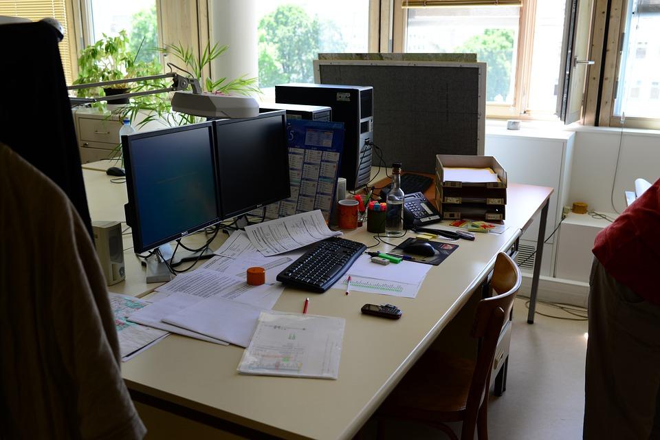 office-853108_960_720